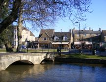 Bourton-on-the-Water - Cotswold treasure hunt